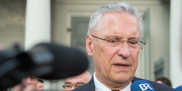 """Herrmann fordert """"200.001. Flüchtling soll keinen Anspruch auf Asyl haben"""""""