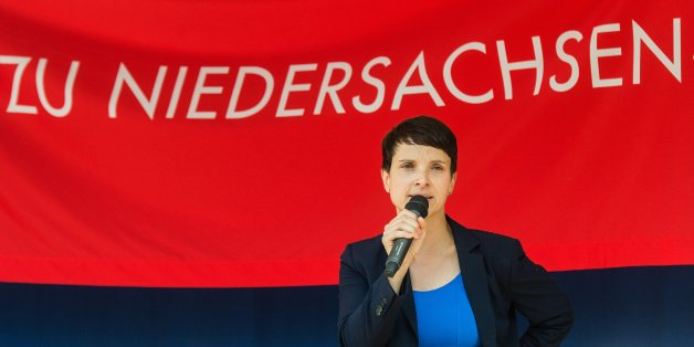 Die AfD-Politikerin Faue Petry beim Wahlkampf in Niedersachen