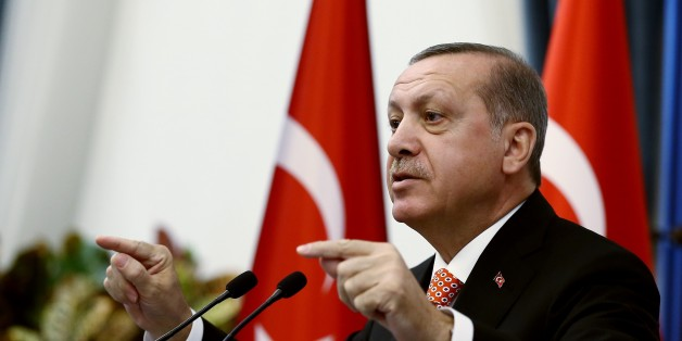ANKARA, TURKEY - SEPTEMBER 8: Turkish President Recep Tayyip Erdogan delivers a speech during his meeting with governors of Turkey's 81 cities at Presidential Complex in Ankara, Turkey 8, 2016. (Photo by Turkish Presidency / Yasin Bulbul/Anadolu Agency/Getty Images)