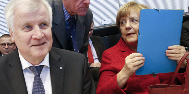 Kanzlerin Angela Merkel und CSU-Chef Seehofer können das Streiten nicht lassen
