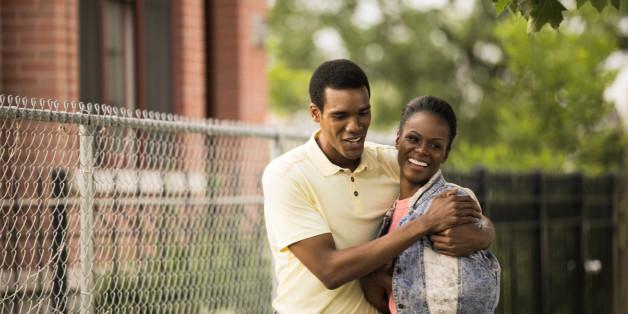 """""""My First Lady"""" im Kino: So sollen sich Barack Obama (Parker Sawyers) und Michelle (Tika Sumpter) näher gekommen sein"""