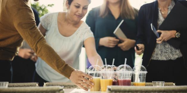 Frankreich will ab 2020 den Verkauf von Plastikbechern und Plastikbesteck verbieten