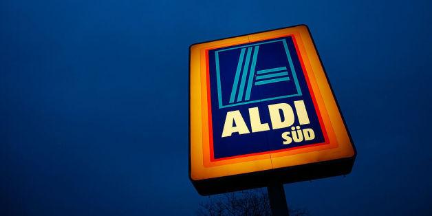 Ein Kunde rastet auf Facebook wegen eines Aldi-Steakes aus - der Discounter redet sich heraus