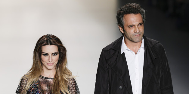 RIO DE JANEIRO, BRAZIL - APRIL 17:  Cléo Pires and Domingos Montagner walk the runway at TNG 2013/2014 Summer Collection Show during fashion Rio on 17th April, 2013 in Rio de Janeiro, Brazil. (Photo by Pedro Agoas/LatinContent/Getty Images)