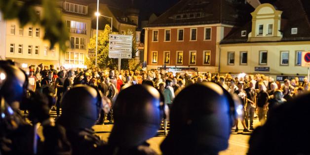 Nach heftigen Krawallen: Polizei richtet in Bautzen Kontrollbereich ein