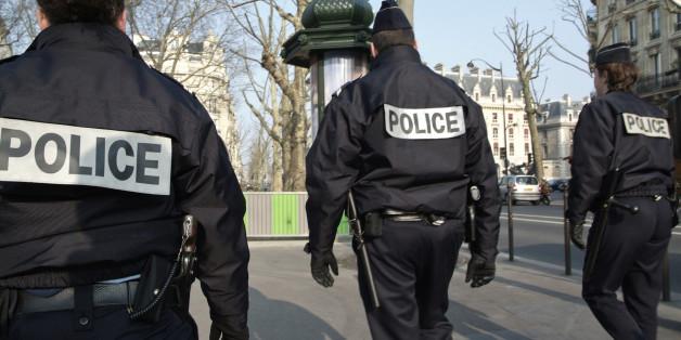 Großer Anti-Terror-Einsatz in Pariser Innenstadt, Regierung warnt vor Angriff auf Kirche