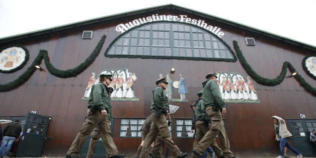 Polizei verhindert Vergewaltigung auf dem Oktoberfest in München