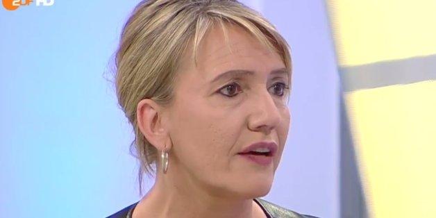 """Grünen-Politikerin beschimpft CSU-Mann Scheuer als """"widerlichen Rassisten"""""""