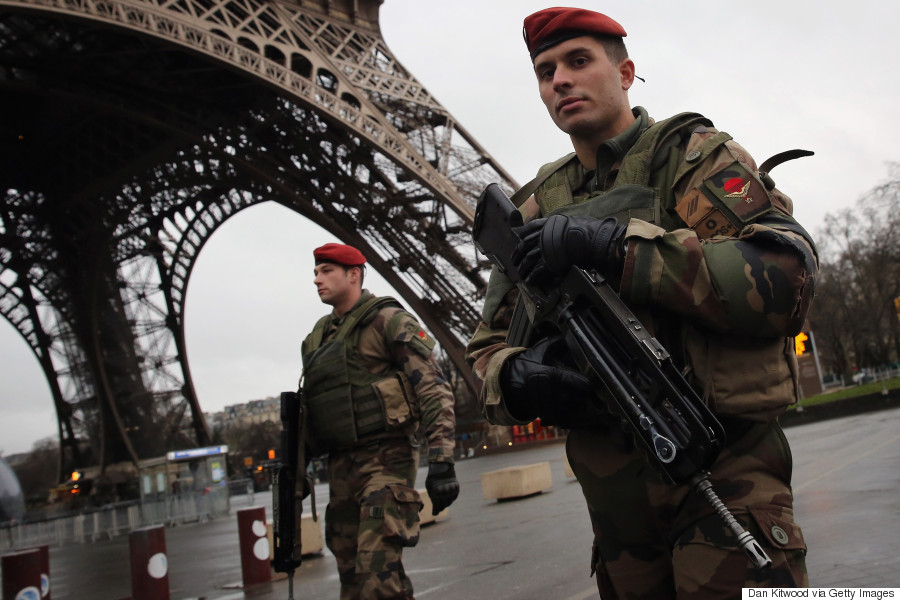 paris attack manhunt