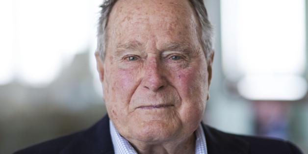 George H.W. Bush will in der US-Wahl anscheinend Hillary Clinton wählen.