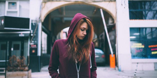 Depressionen bei Teenagern können mit pubertärem Verhalten verwechselt werden