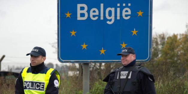 L'affaire des policiers belges passeurs de migrants tourne à l'incident diplomatique