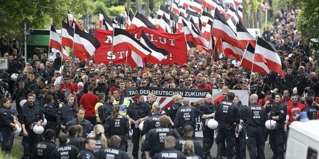 Demonstration von Neonazis