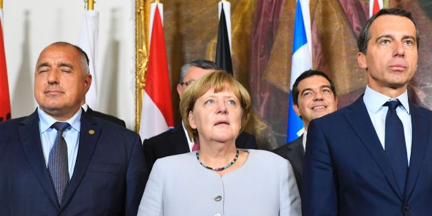 (L to R) Bulgaria's Prime minister Boyko Borissov, German chancellor Angela Merkel and Austrian chancellor Christian Kern pose for a family photo after a meeting on the Balkan migrant route into the EU in Vienna on September 24, 2016. / AFP / JOE KLAMAR        (Photo credit should read JOE KLAMAR/AFP/Getty Images)