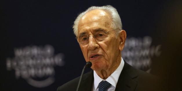 Der israelische Politiker Simon Peres bei einer Ansprache auf dem World Economic Forum