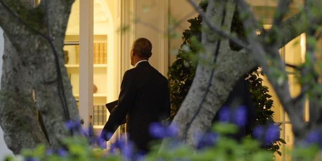 Barack Obama marche vers le bureau ovale, le 28 septembre. Le congrès a rejeté son véto sur les poursuites contre l'Arabie saoudite
