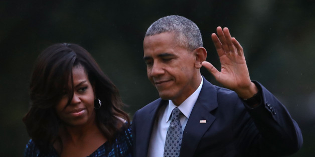 WASHINGTON, DC - SEPTEMBER 28: U.S. President Barack Obama and First Lady Michelle Obama arrive back at the White House after attending a town hall meeting at Fort Lee, Virginia, September 28, 2016 in Washington, DC. Earlier today Congress voted to override President Obama's veto of legislation allowing families of terrorist victims to sue governments suspected of sponsoring terrorism.  (Photo by Mark Wilson/Getty Images)