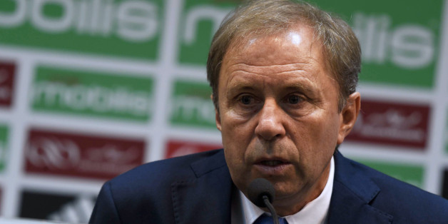 Serbian Milovan Rajevac, the newly appointed Algerian football team coach and former professional player, speaks on July 14, 2016 during a press conference at the Olympic complex Mohamed-Boudiaf in Algiers, following his nomination for the new post. / AFP / STR        (Photo credit should read STR/AFP/Getty Images)