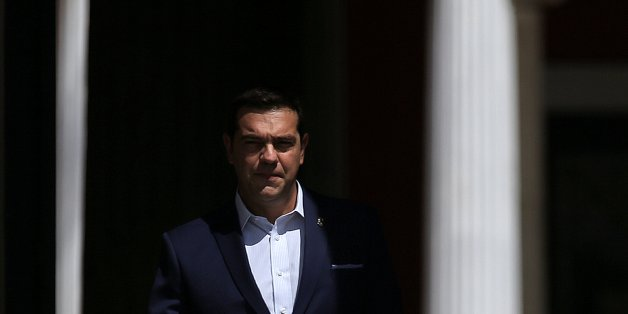 Greek Prime Minister Alexis Tsipras arrives to welcome leaders who will participate at a summit of southern European states at Zappeion Hall in Athens, Greece, September 9, 2016. REUTERS/Alkis Konstantinidis