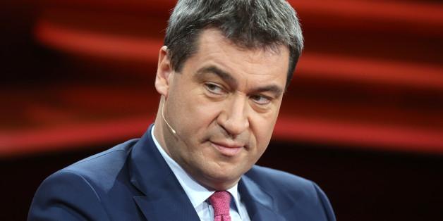 Der CSU-Politiker Markus Söder fordert Kürzungen von Sozialleistungen für Flüchtlinge