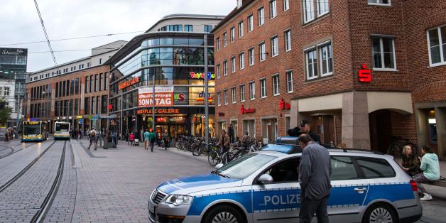 In Schwerin kam es abermals zu gewalttätigen Auseinandersetzungen zwischen Deutschen und Ausländern