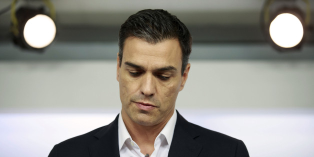 Leader of Spanish Socialist Party (PSOE) Pedro Sanchez leaves speaks during a press statement at the PSOE Headquarters in Madrid on September 30, 2016.Spain's Socialist party Pedro Sanchez was hit by a 'coup' attempt on September 28, 2016 with half of its leadership quitting in a bid to oust leader Pedro Sanchez and unblock the country's political deadlock. / AFP / Gonzalo Arroyo        (Photo credit should read GONZALO ARROYO/AFP/Getty Images)