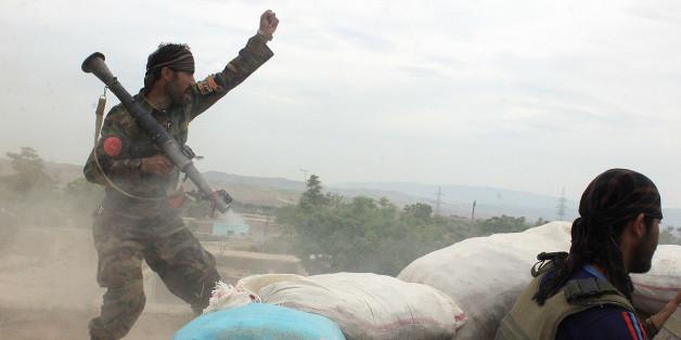 (Φωτογραφία αρχείου από προηγούμενες μάχες των αρχών ασφαλείας με Ταλιμπάν στην Κουντούζ)