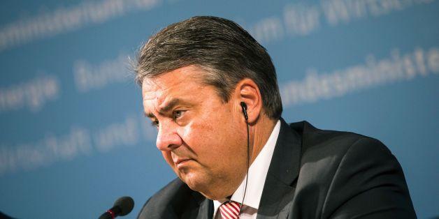 Bundeswirtschaftsminister Sigmar Gabriel hat das Management der Deutschen Bank kritisiert