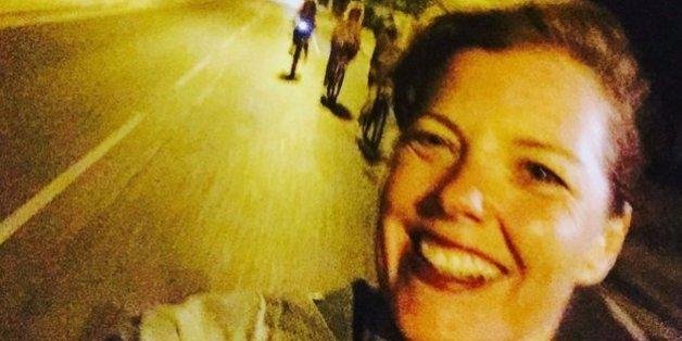 Auf dem Weg nach Hause macht die zweifache Mutter dieses Selfie – Minuten später ist sie tot
