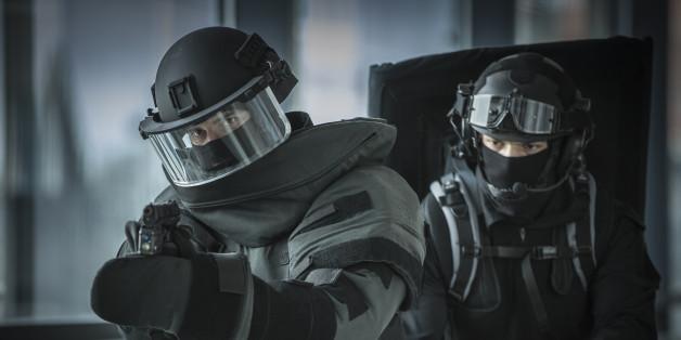 Eine Polizei-Spezialeinheit bei einer Übung