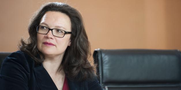 Arbeitsministerin Andrea Nahles will den Sozialhilfeanspruch für EU-Ausländer beschränken