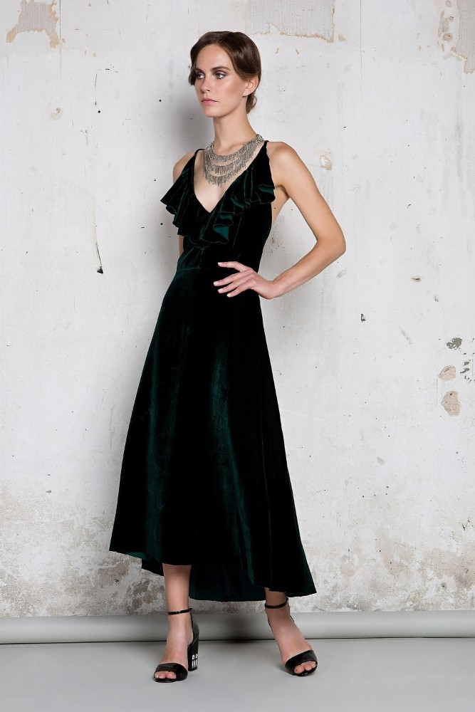 52b76257d89c Love and Alicia  Η ελληνική εταιρεία που δημιουργεί ρούχα βγαλμένα ...