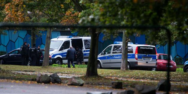 Großeinsatz in Chemnitz wegen Verdacht auf Sprengstoffanschlag.
