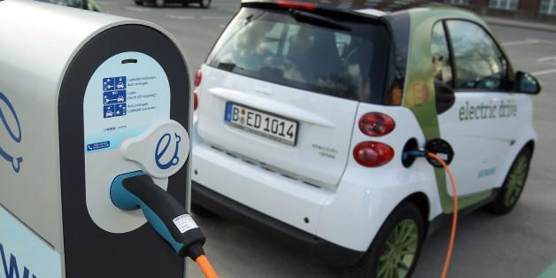Ein Elektroauto an der Ladestation