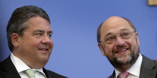 Laut einer neuen Forsa-Umfrage würden Wähler Martin Schulz vor Sigmar Gabriel als Kanzler vorziehen.