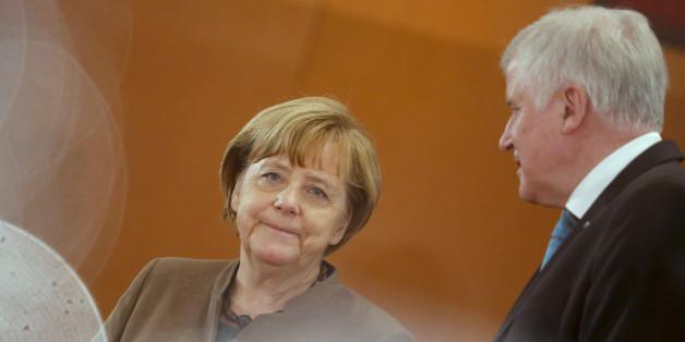 CSU-Parteitag: Seehofer will Merkel nicht einladen