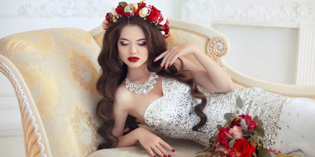 Auch für offene Haare gibt es zahlreiche traumhafte Brautfrisuren