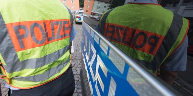 Vier Männer sollen in Freiburg einen 51-Jährigen Mann totgeprügelt haben.