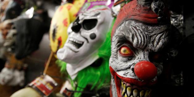 Horror-Clowns versuchten in Berlin einen Mann auszurauben.