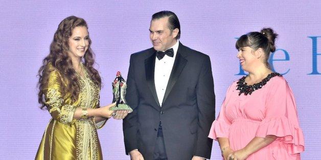 """Lalla Salma le prix """"Tribute Award"""" au Bal de la Riviera"""