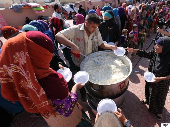 helfer flüchtlingscamp mossul