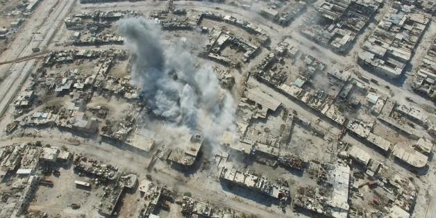 Archivbild: Die Stadt Aleppo unter Beschuss