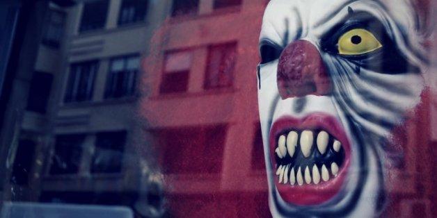 Karstadt stoppt Verkauf von Clowns-Masken