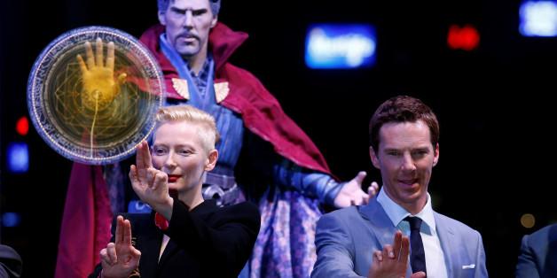 "Benedict Cumberbatch spielt im Kino ""Doctor Strange"""
