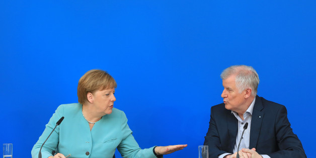 Bloß kein falsches Signal: In dieser einen Sache sind Seehofer und Merkel sich ganz und gar einig