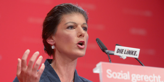 Sahra Wagenknecht teilt gegen Hillary Clinton aus