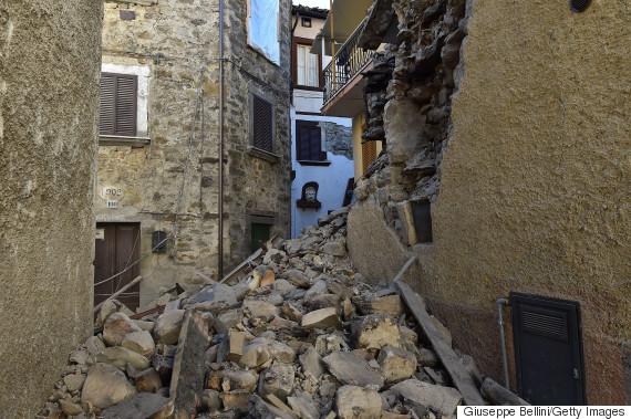italy earthquake october 30