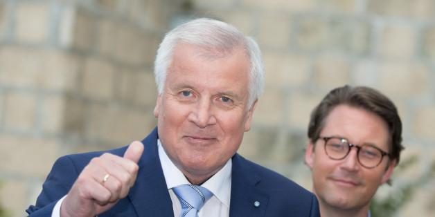 Horst Seehofer unterstützt das Fernbleiben von Bundeskanzlerin Angela Merkel vom CSU-Parteitag