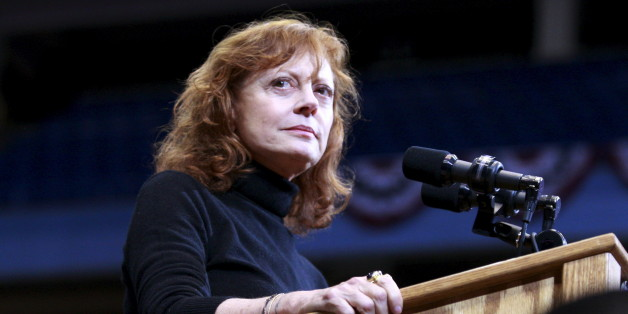 Actress Susan Sarandon speaks prior to Democratic U.S. presidential candidate Bernie Sanders holds a campaign rally in Boise, Idaho March 21, 2016. REUTERS/Brian Losness