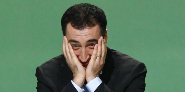 Der Grünen-Politiker Cem Özdemir kritisiert Angela Merkel wegen ihrer Türkei-Politik